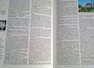Seiten aus einer Enzyklopädie